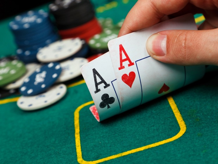 Wat zijn de voordelen van het pokerspel?